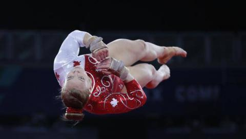 Ellie Black of Halifax, seen here at the Commonwealth Games in July, finished 9th in the women's all-around at the world gymnastics championships in Nanning, China. (THE ASSOCIATED PRESS / File)